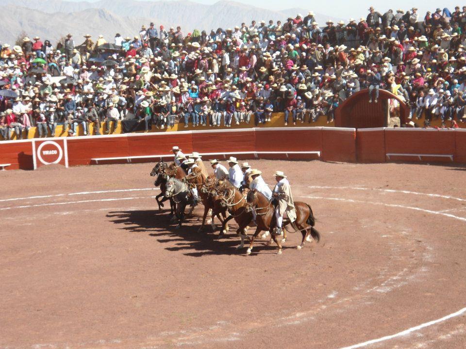 Plaza Santa Ursula, Viraco - Castilla - Arequipa