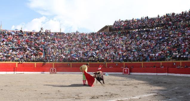 Monumental Plaza de Toros de Huari - Ancash
