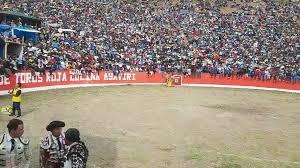 Plaza de toros Roja Colina Ayaviri - Melgar - Puno