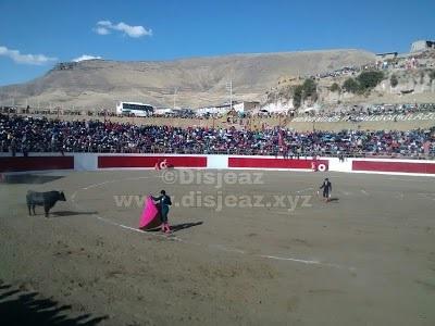 Plaza de Toros El Qorilazo de Chamaca - Chumbivilcas - Cusco