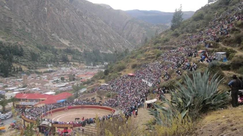Plaza Señor de Animas, Chalhuanca - Aymaraes - Apurimac