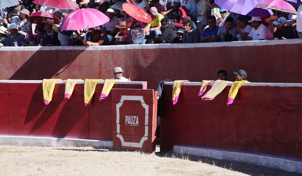 Plaza de Toros de Pausa - Paucar del Sarasara - Ayacucho
